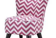 Chevron all the things! / by Sherry Lindow