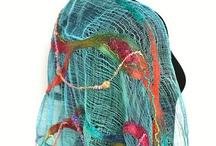 wraps& scarves