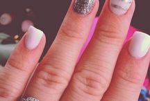 Darling Digits / Nails, yo.