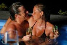 Summer Love nights / Notti romantiche estive include : 2 notti in J.SUITE,camera e colazione a buffet; 2 Color Cocktail; 1 romantico Color Regalo; 1 bottiglia di Prosecco; 1 decoro romantico della camera; free WIFI & Biciclette; uso delle 4 piscine in un parco di 4000 metri