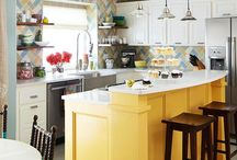 Kitchens / by Laura Levy