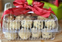 -Food Gifts and wrappings / by Bonnie Eis