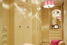My Dream Closet Room / by Awilda Bassat