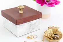 How to Store Fashion Jewellery / Ideas on How to Store Your Favourite Fashion Jewellery, Jewellery storing ideas, storage ideas for jewellery, Jewellery box, Jewellery bags