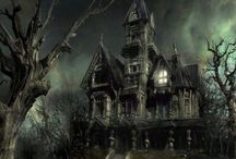 Haunted Houses, Paranormal, & Spooky Stuff / by Trishypants Von Kittenstein
