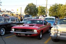 Muscle Cars and Customized Cars / Domestic Muscle Cars and Show Cars of the Zoomer Generation