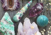 Gem stones & crystals & minerals - Oh my!