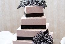 Düğün Pastası / Özel tasarım düğün pastası fikirlerini sizler için derledik.  www.weddingworld.com.tr http://www.facebook.com/weddingworldavm