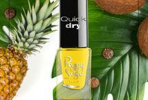 Summer vibes / Des couleurs vives et chaudes pour des ongles aux look ensoleillés! Retrouvez toutes nos couleurs sur peggysage.com