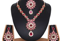 Necklace With Earrings and Maangtikka