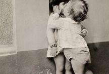 Φιλιά