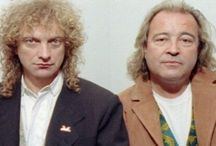 When Lou Gramm is close to Mick Jones...