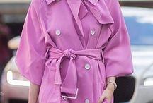 Trendfarben 2018 / Achtung: Wenn Du Dich selber als wahre Fashionista bezeichnest, dann dürfen die ultimativen Trendfarben 2018 nicht in Deinem Kleiderschrank fehlen! Egal ob Chili Red, Ultra Violet oder Almost Mauve, mit diesen Farben wirst Du zum Trendsetter!
