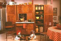 Hoosier Cabinets / by Jessica Lundy Miner