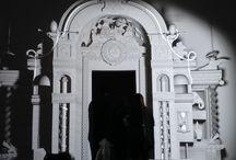 """@ WANDERLAND 2015 / Pour ceux qui auraient raté cette superbe expo d'Hermès, """"WANDERLAND"""" à la Galerie Saatchi à Londres en avril-mai dernier… ou Paris au pays de Lewis Carroll"""