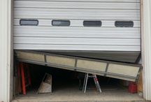 Commercial Garage Doors / Garage doors in business applications, traditional or innovative.