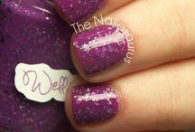 Fingernail fun! / by Rebekah Bolling