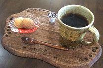 Cafe / ネルドリップ珈琲、自家製スイーツ、軽食などをお召し上がりいただけます。