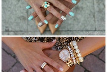 Style Me / Nails, makeup and trendy jewelry :) / by Julia Sellitto