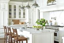 Farm Decorating - Kitchen / by Linda Darlington-Bath
