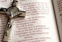 Modlitwy po łacinie / Modlitwy po łacinie - tekst i wymowa.