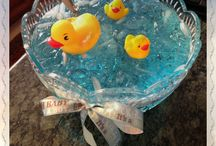 Baby shower Ideas / by Robyn Lindars