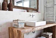 Shabby-chic Bathrooms