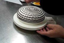Cool Cake Ideas / by Liz Durian-Watson