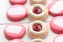 Macaron Recipes, Tips & Tricks / This board is all about that Queen of all cookies: the French macaron. They're so colorful and delicious, and they come in so many amazing flavor combinations. I just can't get enough of them.