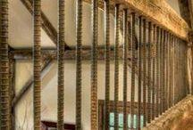 Railings interior