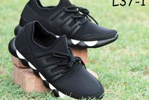 Footwear / Online fashion Footwear shopping in Pakistan All kind of ladies and gents Sandals slipper Kito Shoes hills for you and your mate. Pakistan Best online footwear Shopping website Oshi.pk