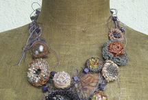 Textile jewelry style