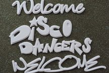 Welcome Signs to greet your guests. / At your home or at your party venue!