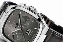 """GLASHÜTTE / Novedades Glashütte. Relojes Lujo te trae las ultimas novedades de relojes Glashütte.  Desde hace más de 165 años, el nombre de """"Glashütte"""" ha sido sinónimo de fabricación de relojes de alta calidad, precisión alemana y diseño exquisito.  Desde el tornillo más pequeño hasta el movimiento más complicado de los relojes de lujo de Glashütte Original se hacen en su propia fábrica, buena parte de este trabajo se reliza a mano."""