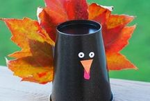 Thanksgiving Crafts & Snacks for Kids