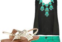 Beach/summer outfits / by Mollie Gulino