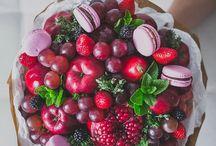 букет и фруктов