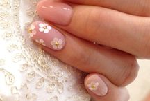 Nail art for the bride <3