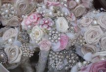 Brooch bouquet / Pretty brooch bouquets