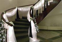 dekoracje ślubne przed domem