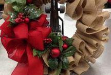 Wreath:Burlap Christmas