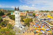 My favorite place in sumatra west indonesia  <ranah minang> jam gadang""