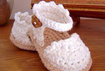 Sapatinhos de Croché