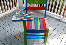 Vintage Painted Desks & Furniture / by Patricia Leng