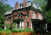 Spooky Missouri - Haunted History / Totally fun history of haunted mansions, prisons and more.
