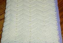 Loom knitting / by Dani Miller Silvernail