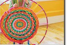плетём на обруче из подручных материалов
