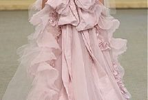 Ball Gowns / by Penelope Taylor