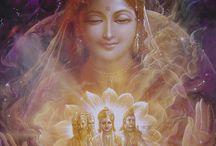 Istenségek / Az EGY megannyi megnyilvánulása.