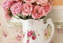 Floral Arrangements / by Amy Habbinga